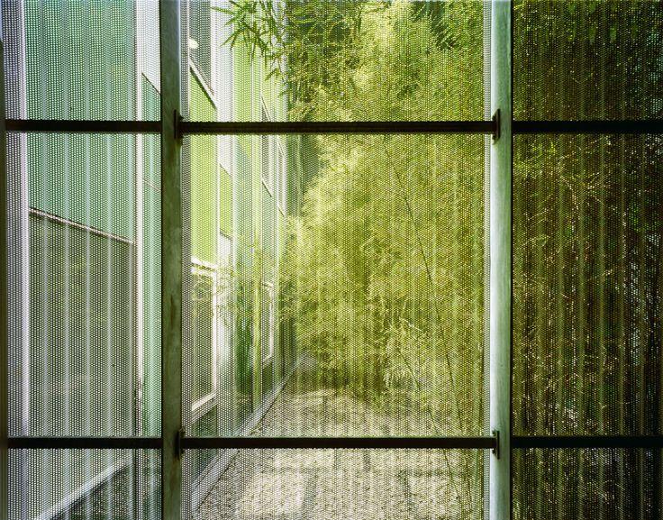 Residencia y centro de día para Disminuidos / Alday Jover Arquitectura y Paisaje