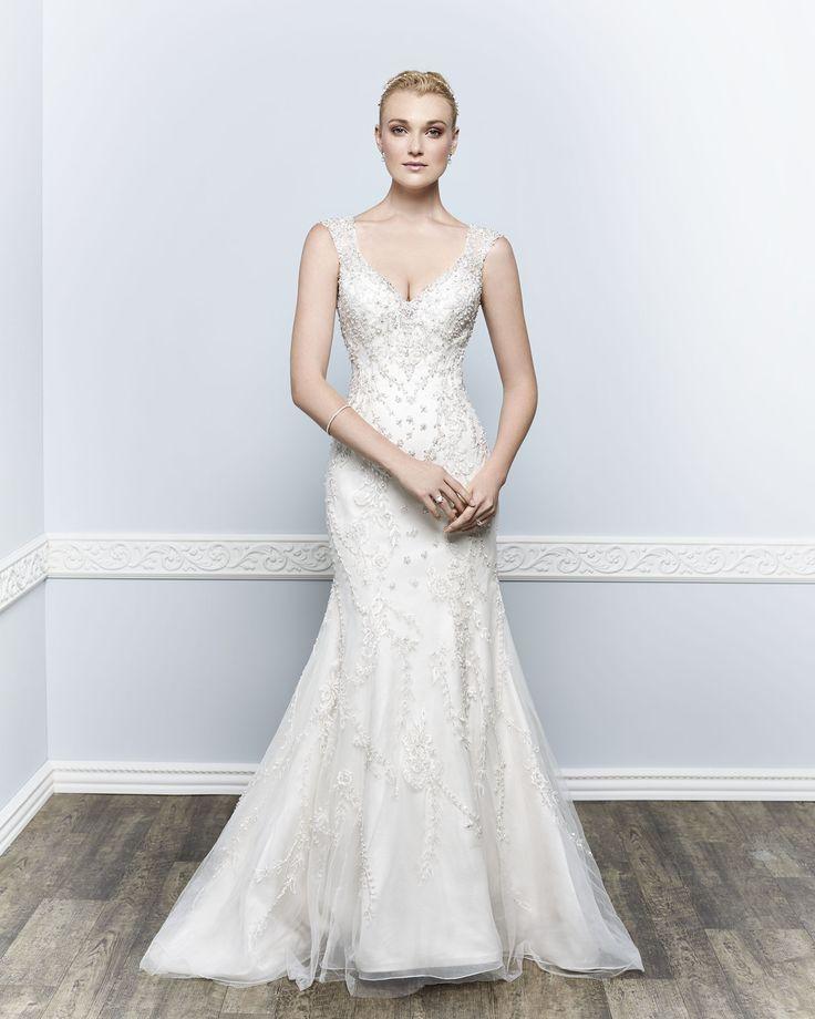 Style 1651 chantilly lace dress