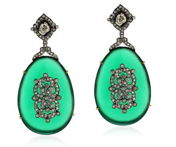 Très beaux pendants d'oreilles haute joaillerie en argent massif, or jaune 18 cts, onyx vert et diamant.