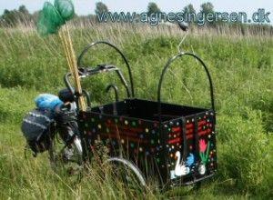 blog om min fantastiske cykel: http://agnesingersen.dk/blog/min-fantastiske-dagplejecykel/