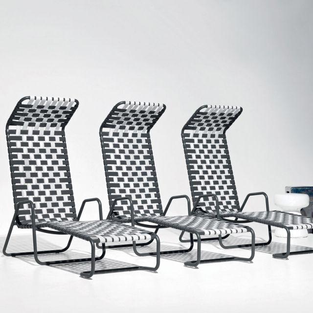 les 54 meilleures images du tableau lits piscine chaises longues et transats sur pinterest. Black Bedroom Furniture Sets. Home Design Ideas