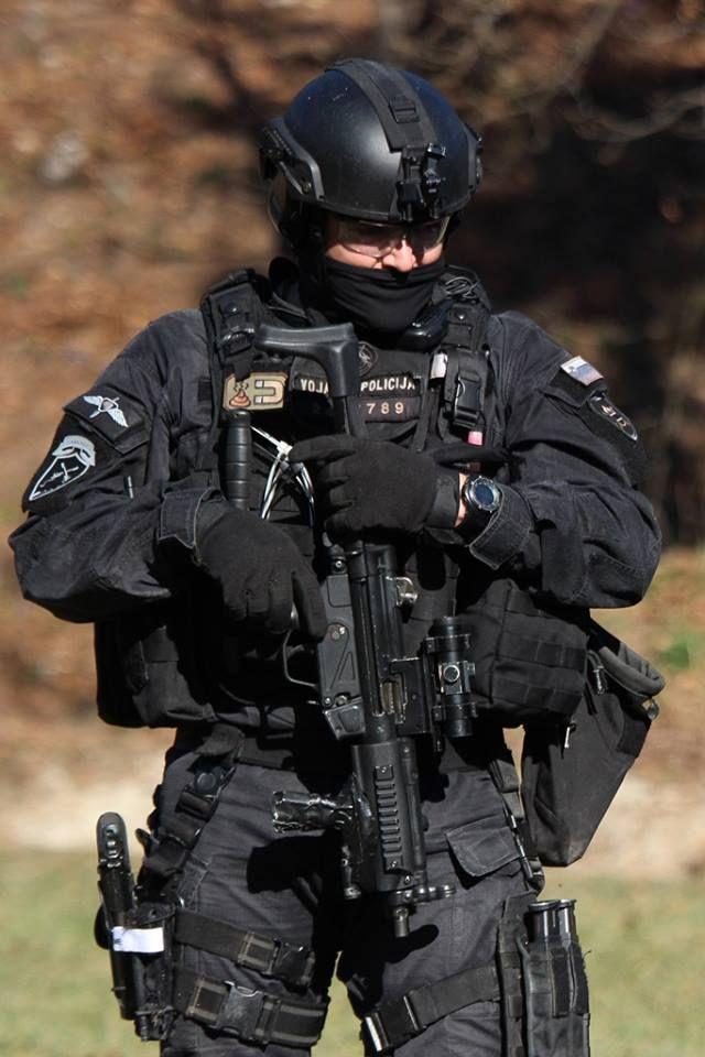 Policial - uniforme tatico