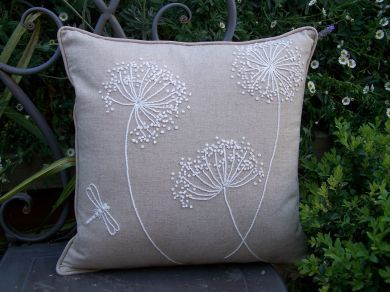queen anne's lace embroidery free patterns | You will be delighted when you complete these quick to make cushions ...