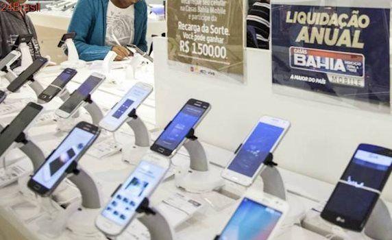 Após ano ruim, vendas de celulares no Brasil voltam a crescer