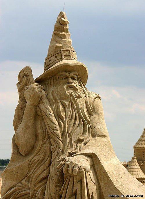 Невероятные скульптуры из песка (40 фото)