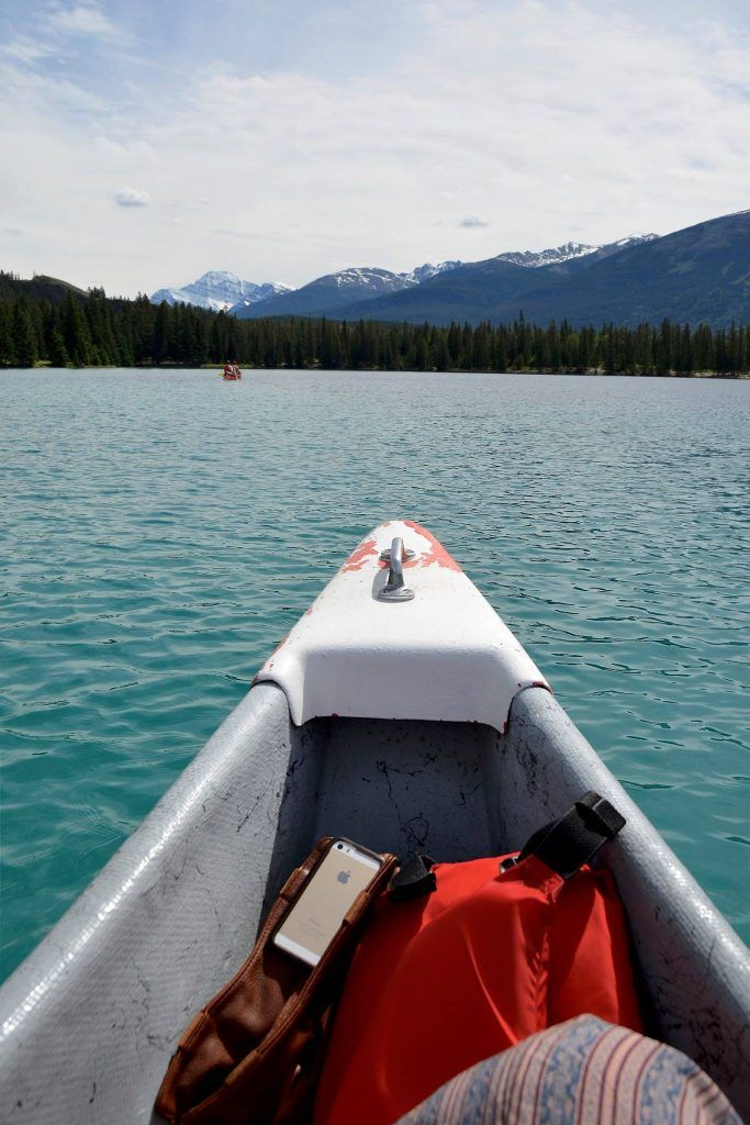 Canoeing in Jasper National Park at Fairmont Jasper Park Lodge – A Lady and her Luggage
