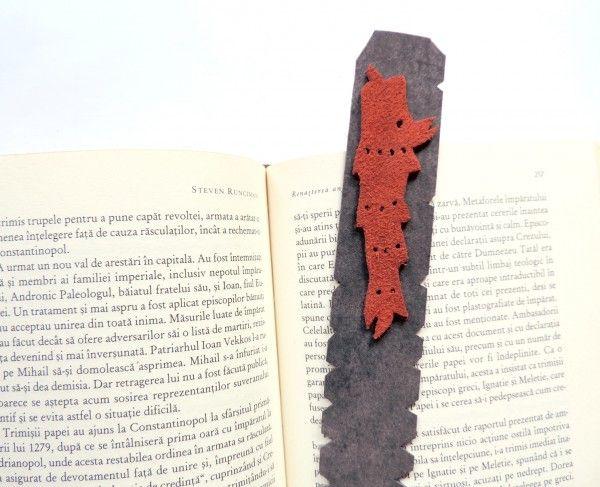 Handmade leather bookmark - draco, the ancient Dacian standard