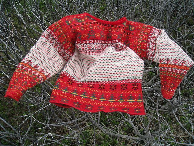 Ravelry: heleneros' Korsnäs sweater, This sweater is made according the design of a Korsnäs sweater in the Ostrobothnian Museum's collection in Finland.