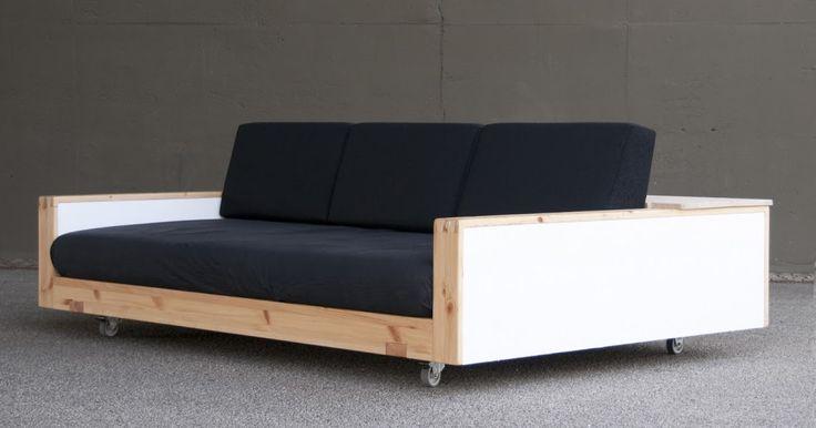 Ein Do It Yourself-Sofa für Single Wohnungen.        Abb: Morgens Aronal, abends Elmex: Das Siwo Sofa ist tagsüber Couch, abends Bett. (Fot...