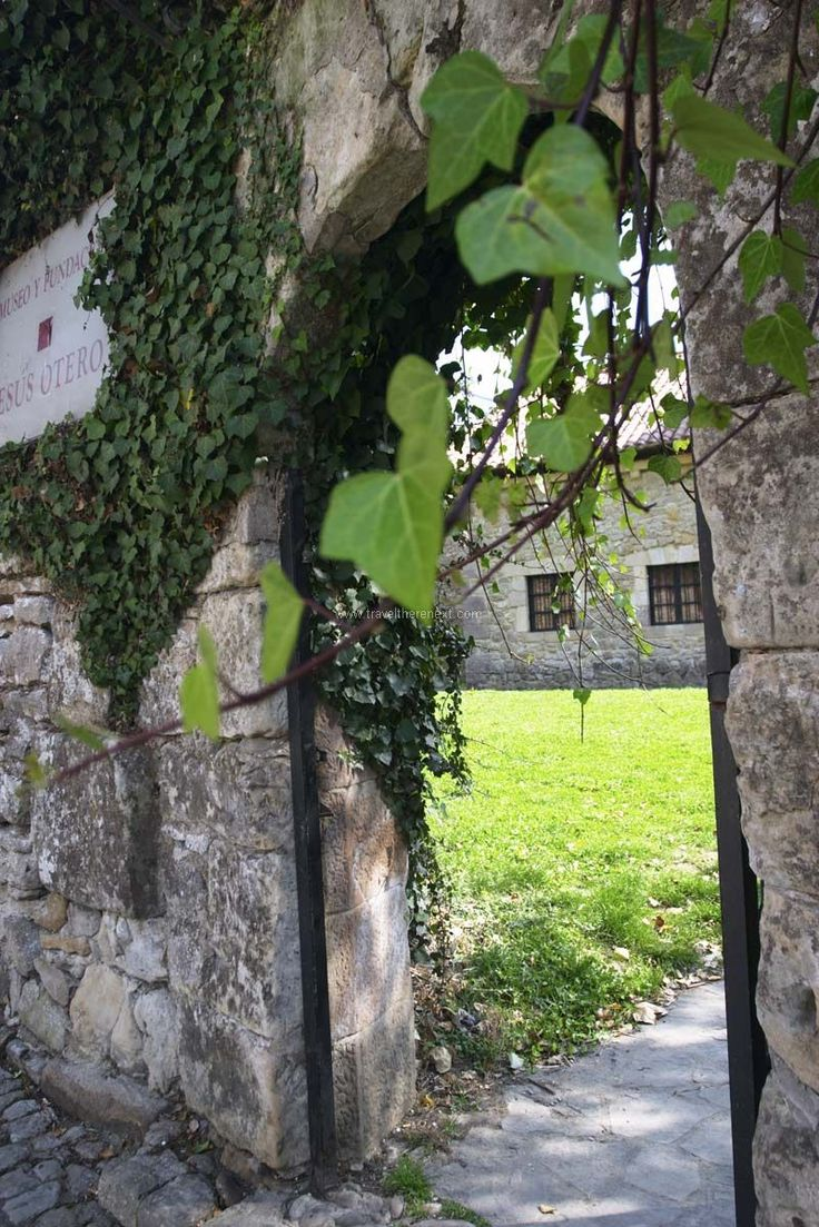 Santillana del Mar - An arch leading to a home  #spain #santillanadelmar #village #history #discover #travel #traveltherenext
