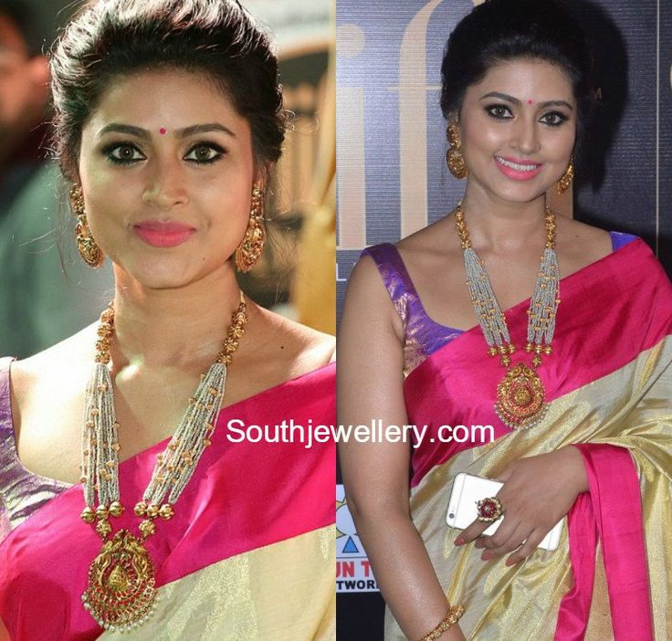 Sneha in Traditional Gold Jewellery pearls mala chandbalis