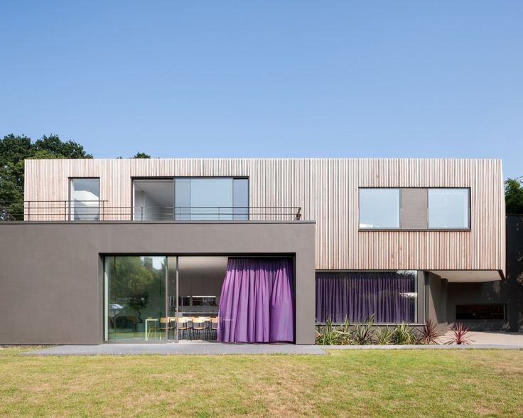 """Wedge House / SOUP Architects Ltd  """"Hi Cube"""" """"Freight box"""" """"re-purposed"""" """"Cargo"""" """"Steel crate"""" """" low foot print"""" """"recycle""""  """"Container Home"""" """"IN THE BOX"""" """"Green Home"""""""