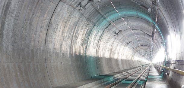Eröffnung des neuen Gotthard-Tunnels: Ein Weltrekord in Stein gemeißelt - 57 Kilometer lang