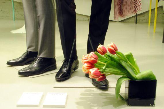 Da sinistra: scarpe RIONE FONTANA, scarpe BOTTI.