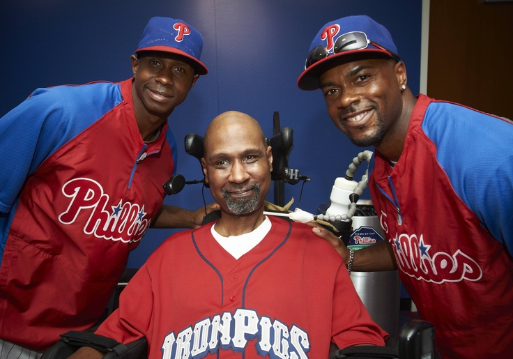 All of the Phillies want to hang out with Kevin Glenn!