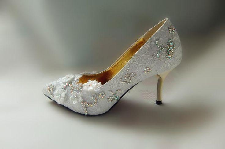 Свадебная обувь недорого кружевные туфли