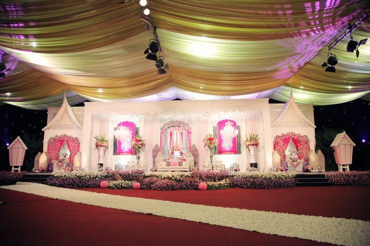 Pink minang wedding by des iskandar - www.thebridedept.com