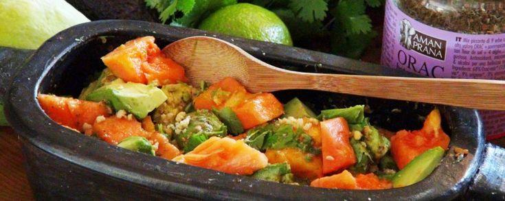 Anti-aging avocado-papaya salade #amanprana #noblehouse #bio #gezond #natuurlijk #avocado #papaya #salade #voorgerecht #antiage