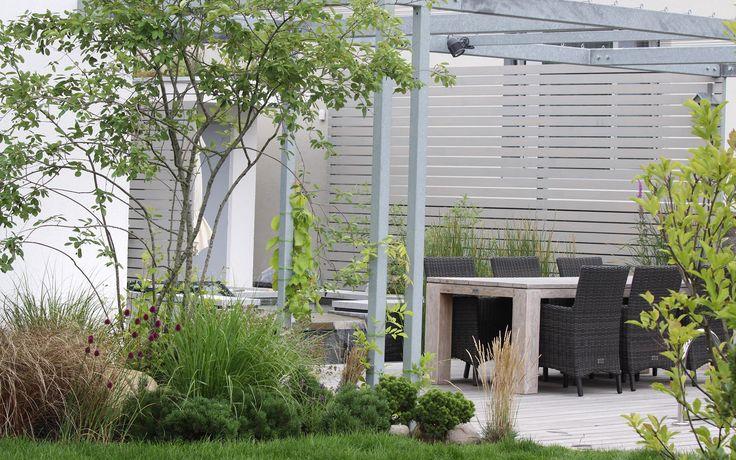 malá pobytová zahrada / a small outdoor room