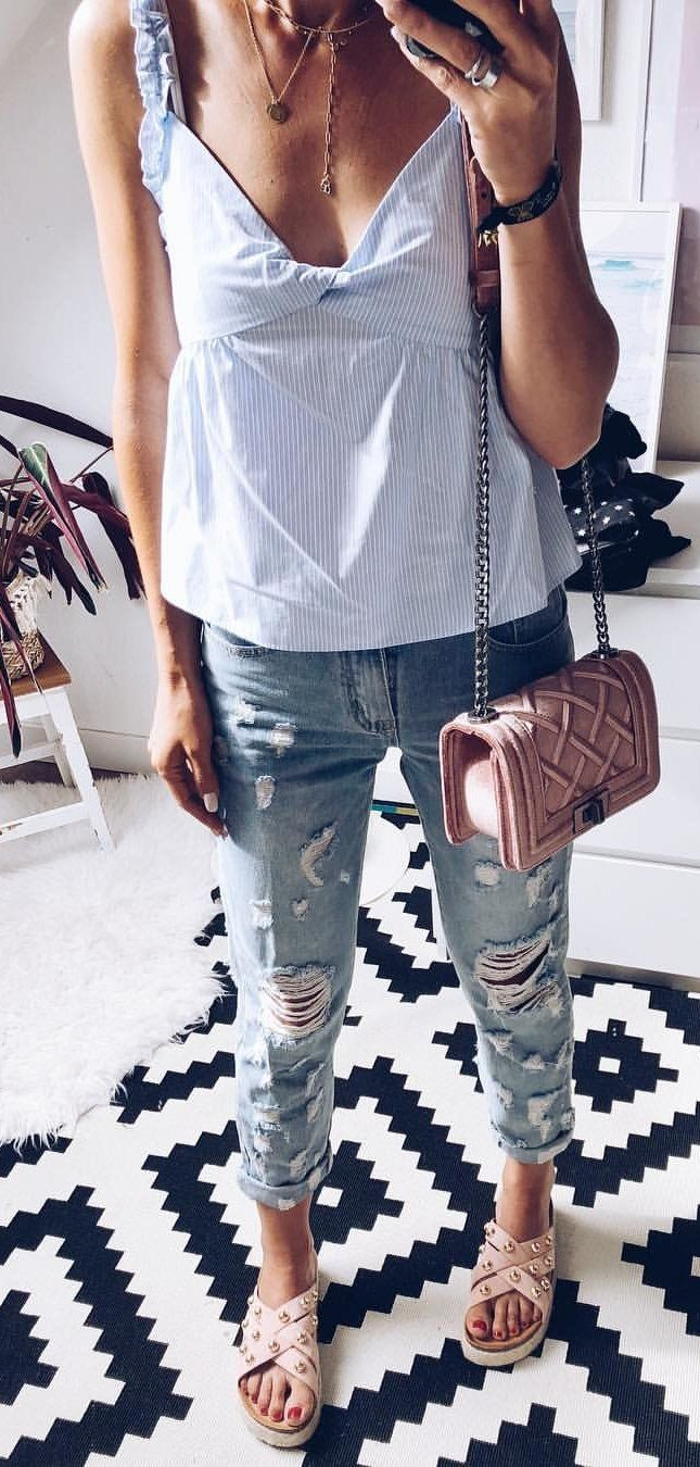 326ca33d32d0 10+ Must Have Summer Outfits To Wear Right Now