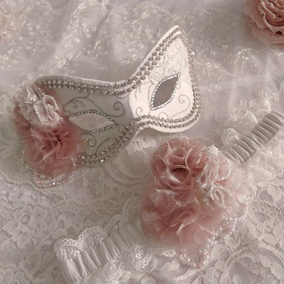 Wedding Masquerade Ball Mask & Garter Set by jessicabissell