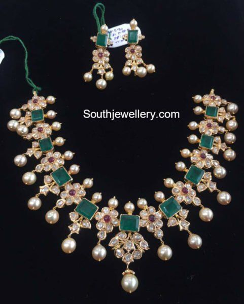 Floral Polki Emerald Necklace Set photo