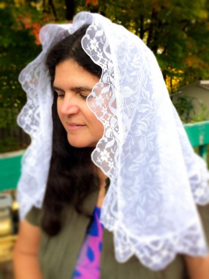 White Mantilla, White Catholic Veil, Church Chapel Veil, Latin Mass Veil, Ladies Veil for Mass, Catholic Gift Wife, Catholic Veils, Mantilla
