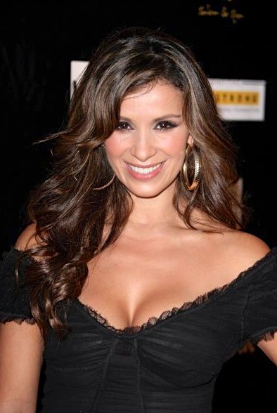 Catherine #Siachoque attending Yellow Night/ Qui Spa benefiting the Lance Armstrong Foundation 2009 ☆