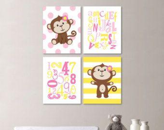 Bebé niña vivero arte  dormitorio  por RhondavousDesigns2 en Etsy