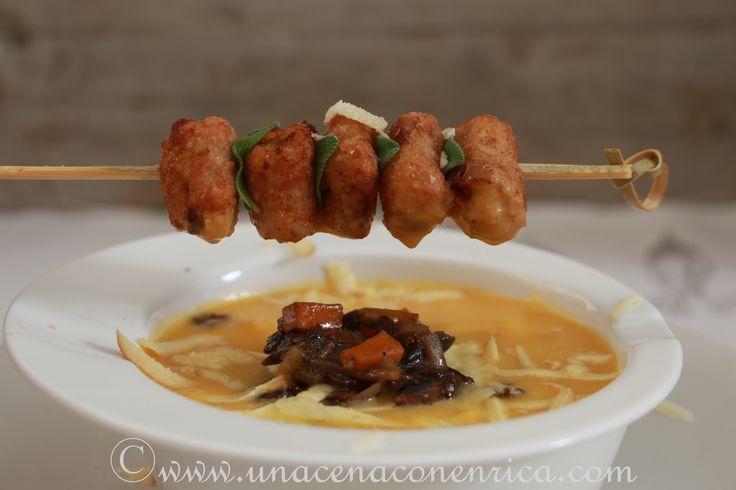 Crema di zucca con funghi secchi, gnocchi di miglio fritti e formaggio Oscypek