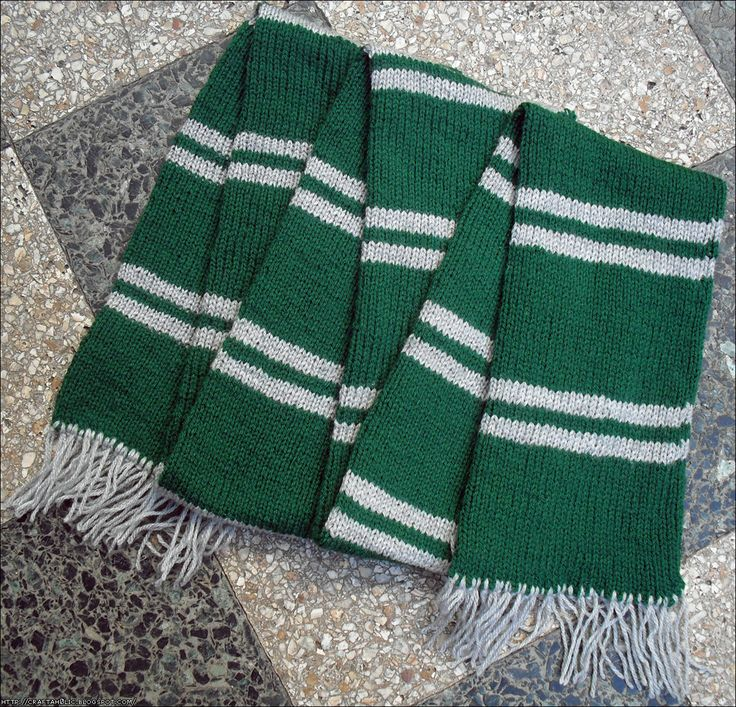 Ravenclaw Scarf Knitting Pattern : Slytherin Scarf Clothes and Accessories Pinterest Slytherin, Scarves an...