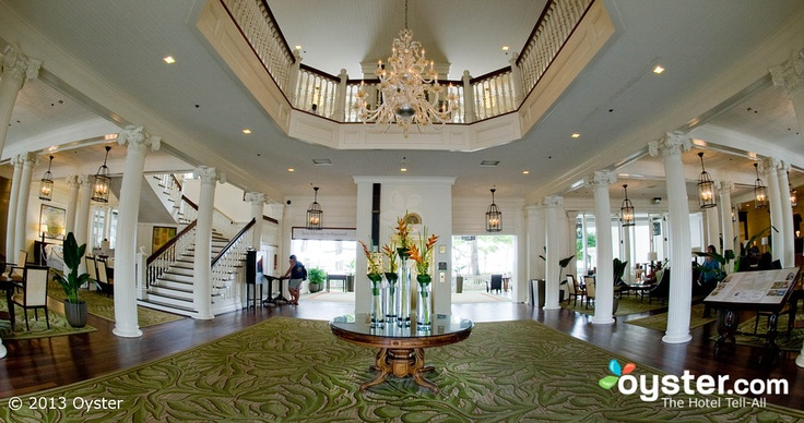 Lobby at the Moana Surfrider, A Westin Resort & Spa