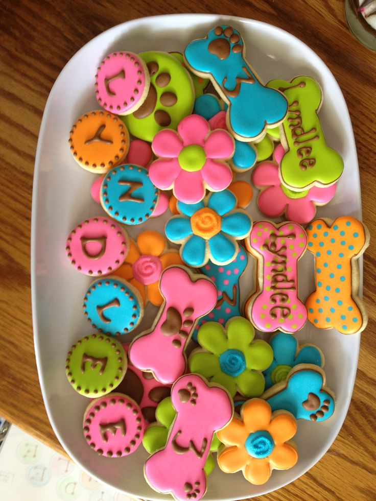 Scooby cookies.  These were done to compliment a Scooby Doo birthday cake.  I love the colors!
