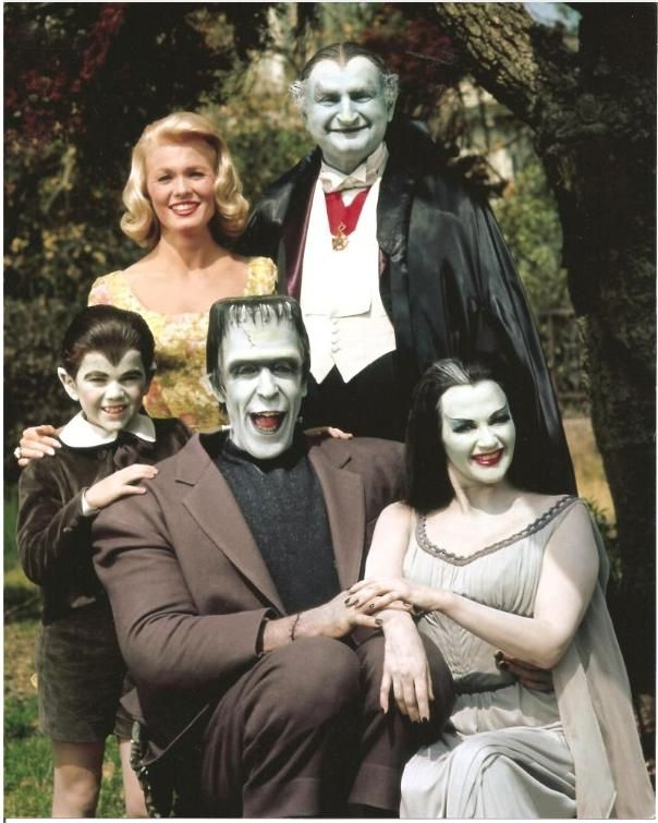 The Munsters Today TV Series | ... who played Eddie Munster and the other cast members from The Munsters