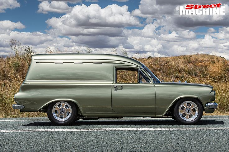 Holden -EH-Panel -Van -side -view