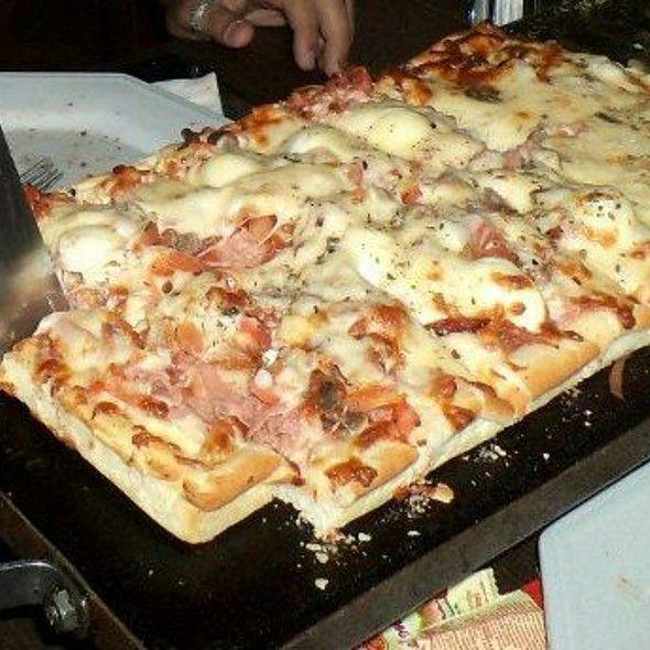 Pizza Uruguaya @ La Pizza Mia