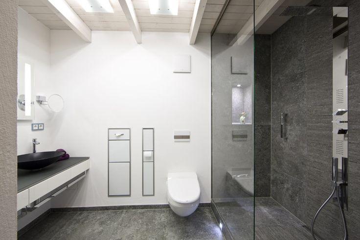 13 besten badezimmer barrierefrei bilder auf pinterest barrierefrei badezimmer und duschen. Black Bedroom Furniture Sets. Home Design Ideas