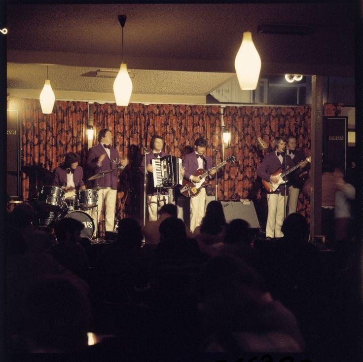 085538PD: Perth band, The Prankstars on stage, 1972. http://encore.slwa.wa.gov.au/iii/encore/record/C__Rb2449489__SPerth%20band%2C%20The%20Prankstars%20on%20stage__Orightresult__U__X6?lang=eng&suite=def