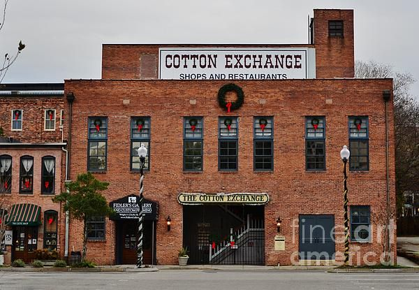 The Historic Cotton Exchange in Wilmington North Carolina is popular point of destination for area residents and visitors alike. It is home for many quaint little shops and enjoyable dining experiences.