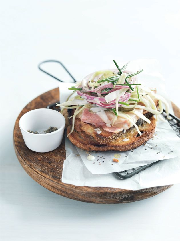 Ham & Slaw Sandwich; via Donna Hay #recipe #lunch