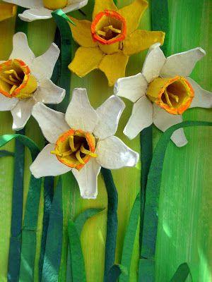 Flowers from egg cartons. Обсуждение на LiveInternet - Российский Сервис Онлайн-Дневников