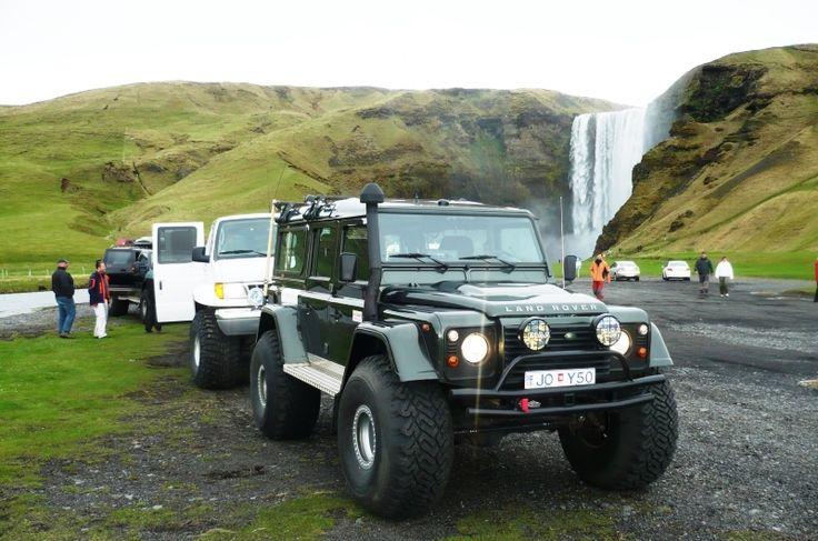 ISLAND - Incentivní zájezd OMT Travel.  Island je ostrovní stát ležící na rozhraní Severního ledového a Atlantského oceánu, na pomezí Evropy a Ameriky. Se svou polohou těsně pod polárním kruhem předvádí Island pohádkový kontrast mezi ohněm a ledem
