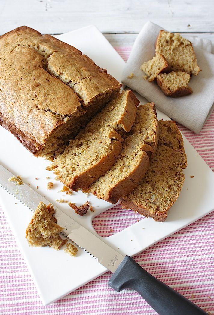 Francesca Kookt_bananenbrood_2.  zelf heb ik er nog een flinke lading witte chocolade door gedaan