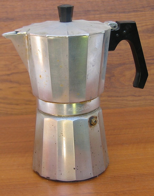 Coffee Maker En Espanol : ORELEY Spanish Espresso maker. This was our first experience with stove top coffee makers. It ...