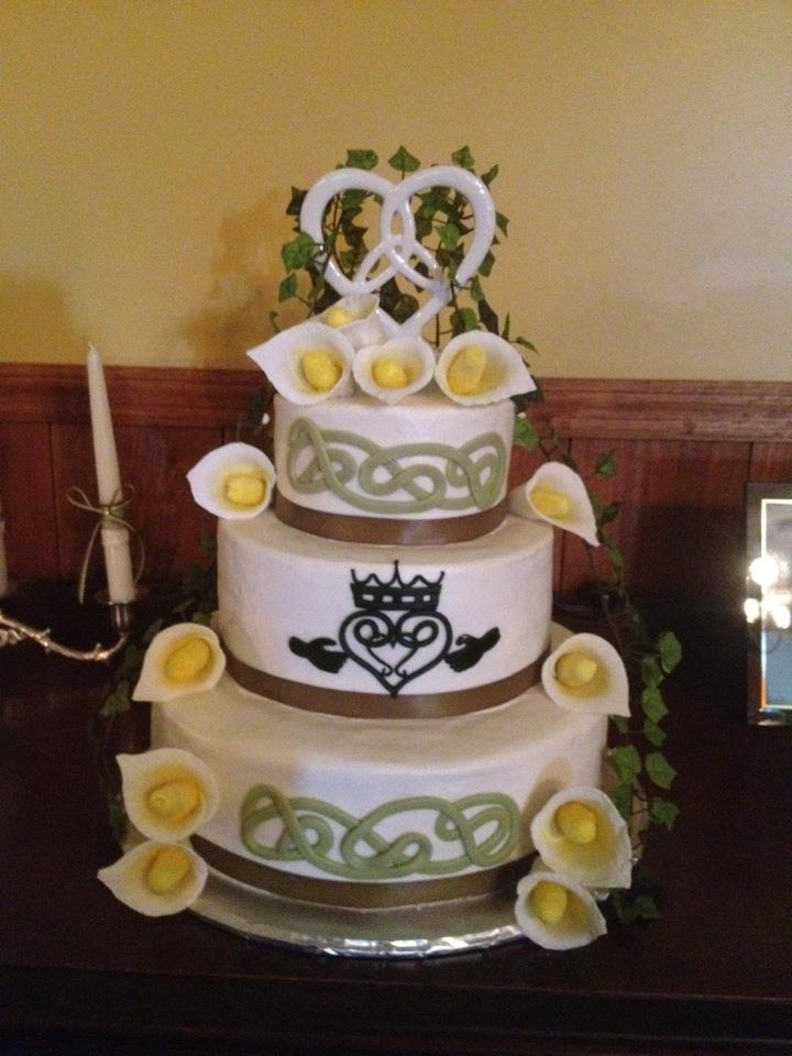 Celtic themed wedding cake for a special couple.