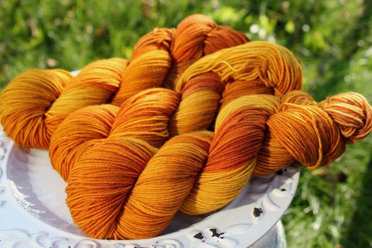 Autumn leaves - Włóczka farbowana ręcznie - YarnAndArt - Włóczki ręcznie barwione