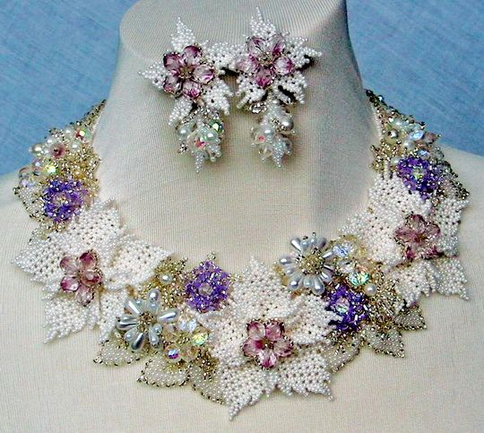Beautiful jewelry with flowers | Beads Magic