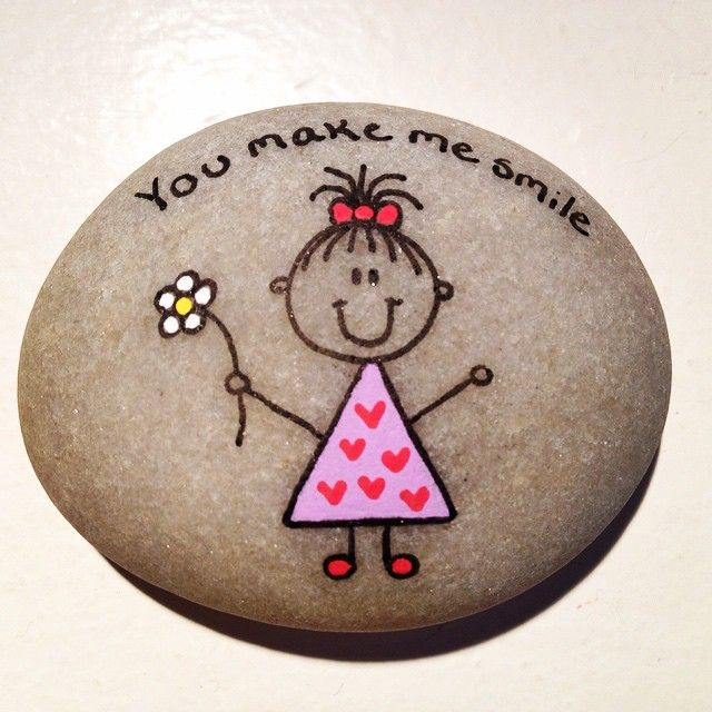 #artrocks #beach #flower #girl #heart #instaart #malesten #naturerocks #paintingrocks #paintedpebbles #paintingpebbles #pink #rock #rockrocks #rocksrock #rockkindness #stone #stenmaling #yourock #youmakemesmile