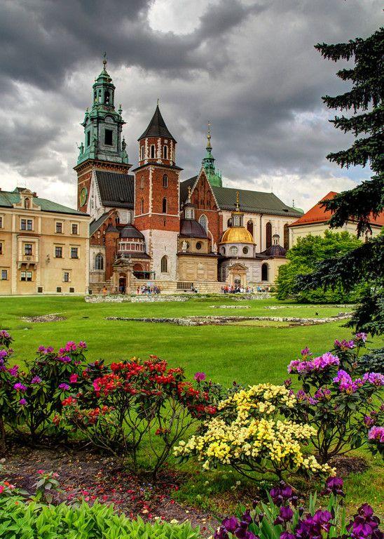 Wawel Castle, Krakow. Poland.