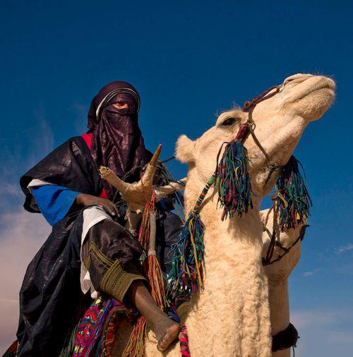 Africa | Tuareg in the desert - Ghadamis Libya    Tuareg